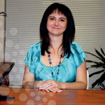 Lindie Wolmarans - Consultant